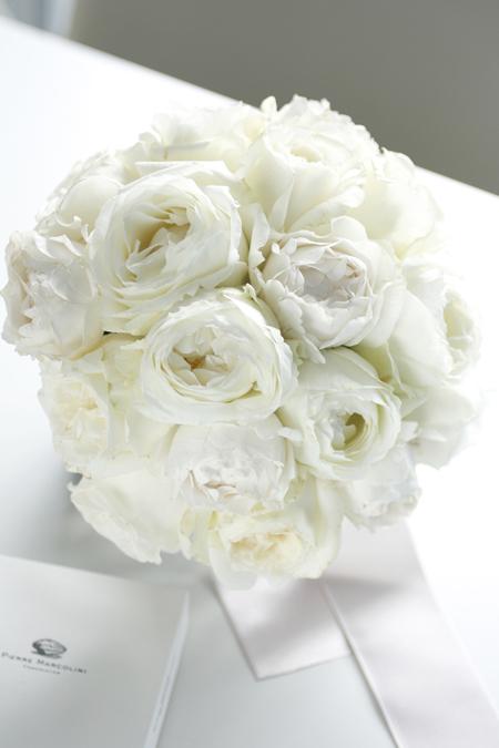 「BEST FLOWER ARRANGEMENT 2013 SUMMER」バラのピュアブーケ