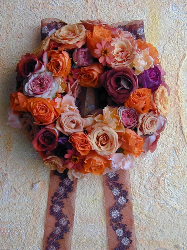 BEST FLOWER ARRANGEMENT掲載 アルザス地方のクリスマスリース