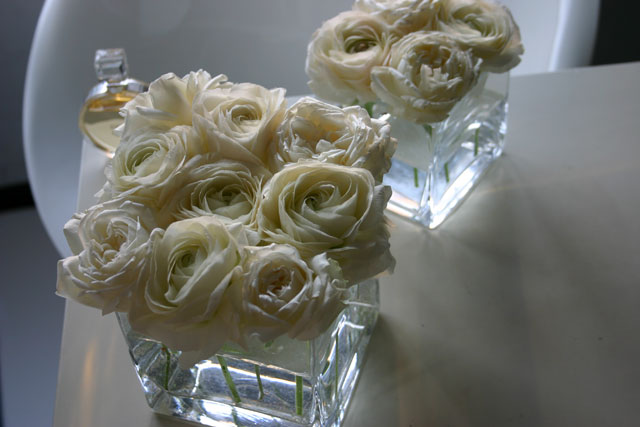 BEST FLOWER ARRANGEMENT掲載 グラスキューブアレンジメント